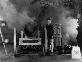 Still from The Strong Man (1926)