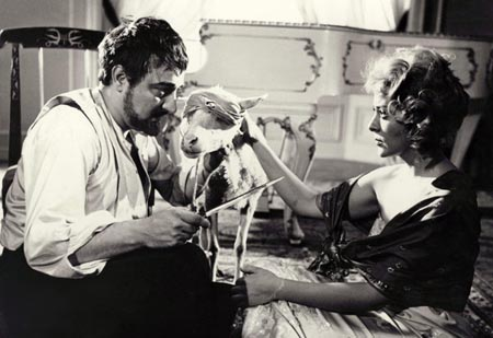 Still from The Exterminating Angel (1962)