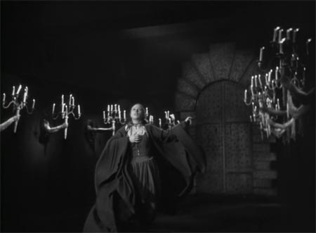 Still from Beauty and the Beast (1946)