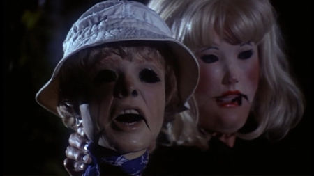 Still from Tourist Trap (1979)