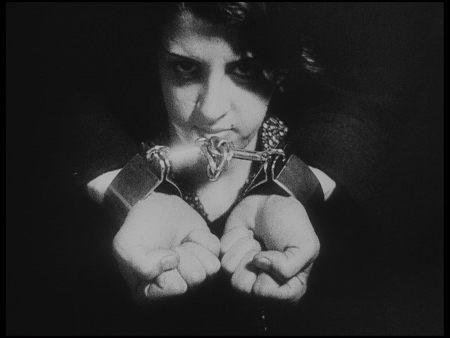 Stil from Limite (1931)